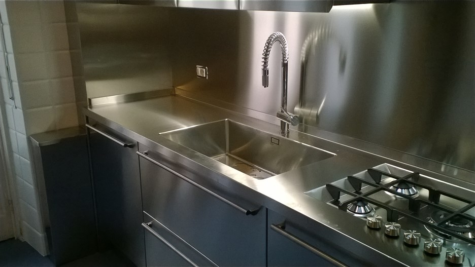 Beautiful Top Cucina Acciaio Inox Ideas - House Interior ...
